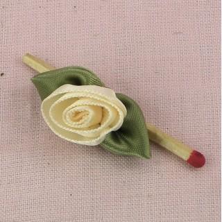 Stoffrosen Rose in Band mit Blumenblättern 3 cm