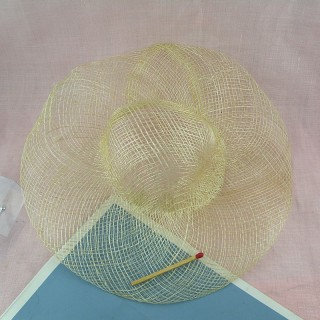 Chapeau de paille pour poupée porcelaine 20 cm.