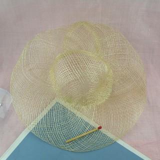 Sombrero de sinamay muñeca porcelana 20 cm.
