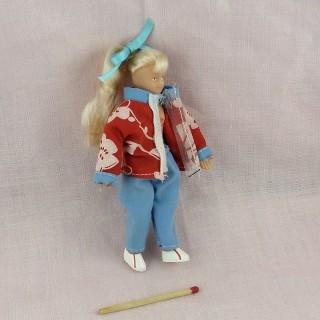 Muñeca muchacha miniatura casa 11 cm.