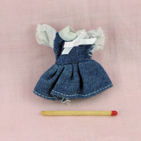 Robe habits miniatures poupée maison 1/12eme