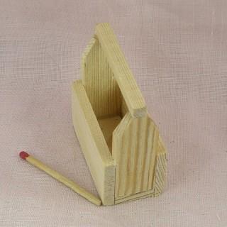 MiniaturWerkzeugkasten Puppe rohes Holz 6 cm