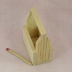 Caja de herramientas miniatura muñeca madera bruta 6 cm