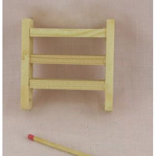 Miniaturregal Puppe 6 cm aus rohem Holz