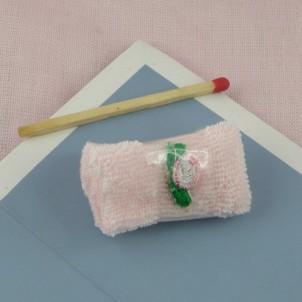 Serviette éponge toilette miniature maison poupée,