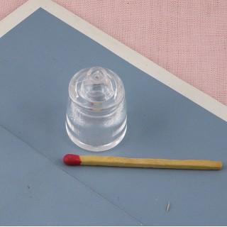Bocal miniature avec couvercle de 2 cm.
