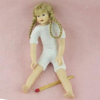 Poupée adolescente articulée luxe adolescent miniature maison 11 cm.