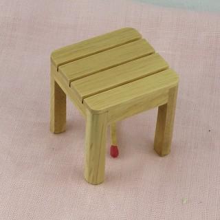 Taburete miniatura mobiliario en madera