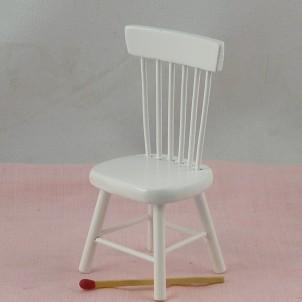 Chaise blanche meuble miniature maison de poupée