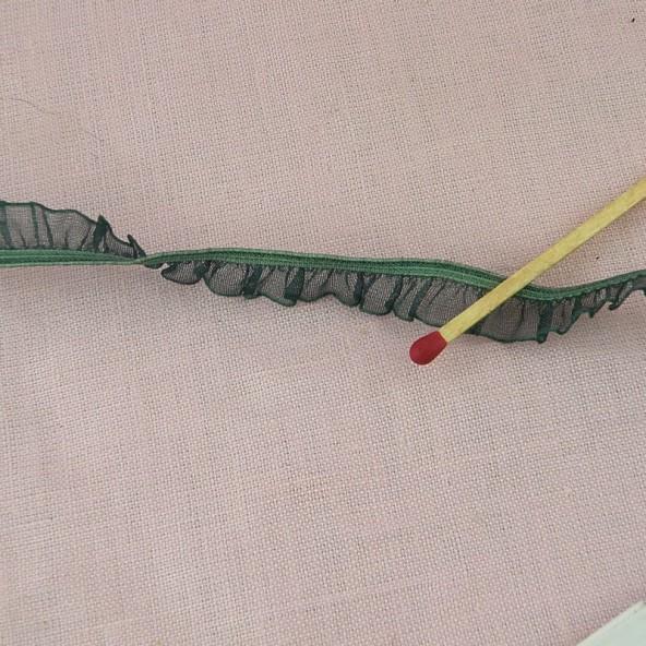 Borde cinta plissado 13 mm.