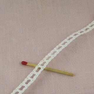 Dentelle passe-lacet coton entre-deux 1 cm