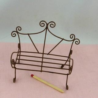 Banco en hierro miniatura muñeca