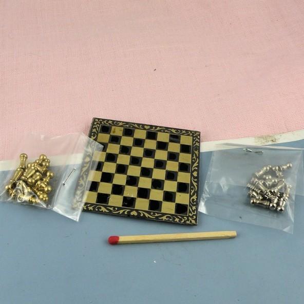 Miniature doll house chessbord, tiny chess set 6 mms