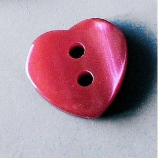 Bouton coeur rouge nacré 2 trous 12 mm