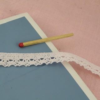 Thin cotton laces 12 mm,