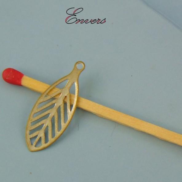 Breloque plume miniature