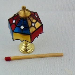 Lampe en laiton et verre à pétrole miniature pour maison poupée 4,4 cm.