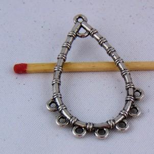 Breloque pendentif forme goutte en métal ajouré 4 cm