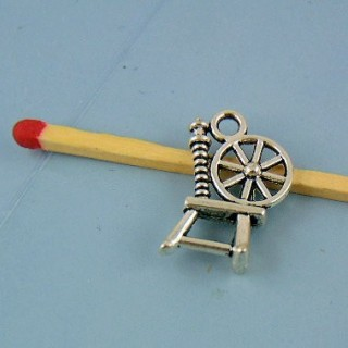 Miniature charm wheel out of metal 1 cm