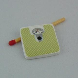 Scale miniature dollhouse 25 mms.