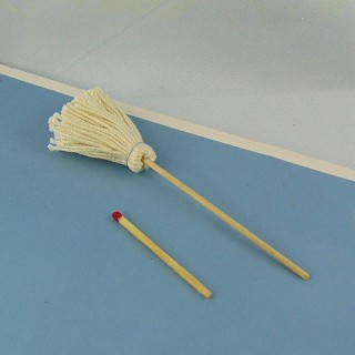Doll house broom 8 cm