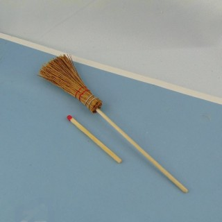 Round natural strow broom 12,5 cm