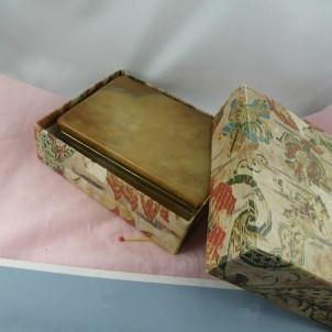 Escritorio antiguo miniatura para niño o muñeca 21 cm