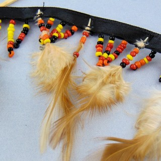 Ribbon feather and beads 8 cm