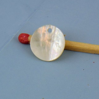Mother of pearl flat round 1 cm