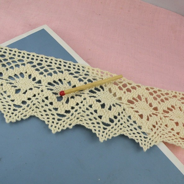 Rustical cotton lace trim 60 mms