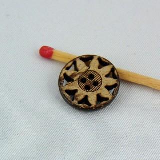 Bouton bois coco forme fleur découpée 2 trous 15 mm.