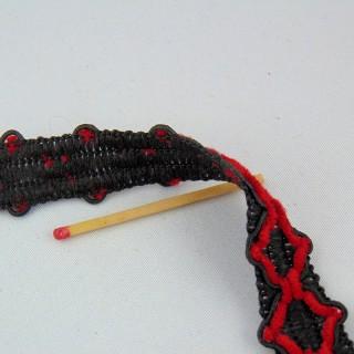 Bestickte rote und schwarze Gallone 20 mm