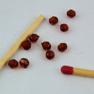 10 Perlas a facetas en plástico 4 mm.