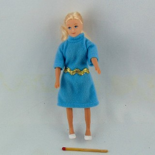 Miniature young lady grandmother doll 1/12