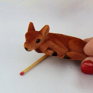 Daim miniature maison poupée, 7 cm.