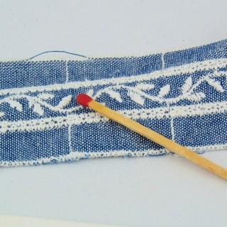 Galon jean brodé entre-deux 3 cm