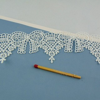 Bow lace trim, cluny lace 2 cm, 20 mms.
