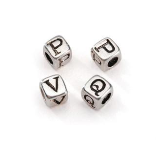 Perle cubique alphabet plaquée argent 5 mm