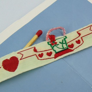 Corazón y playa cinta bordada 17 mm por metro