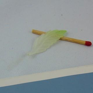 Bead charm plastic foil 3 cm.