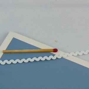 Galon croquet serpentine élastique 4 mm.