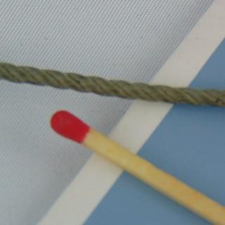 Lacet coton ciré Cordonnet bijouterie 3 mm.