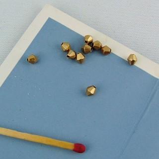10 Perle toupie à facettes en plastique 4 mm.