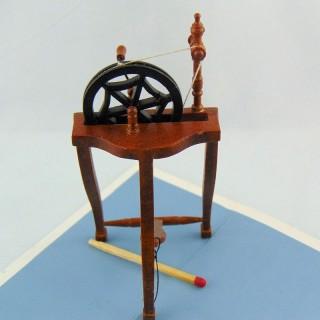Dije rueda miniatura en metal 1 cm