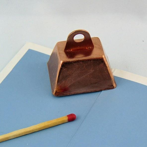 Campana de vaca de cobre en miniatura de 3 cm.