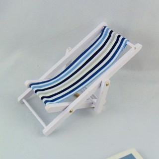 Chaise longue transat miniature 1/12