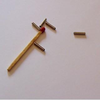 5 Perles tube en métal 2 cm.