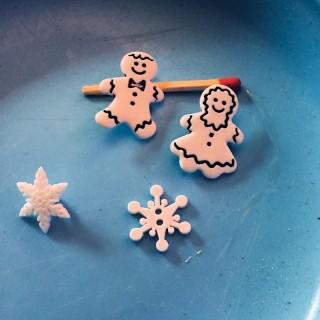 6 boutons blancs Noël neige