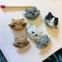 Fancy cat head button