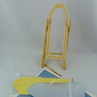 Mirror to miniature folding foot doll house,